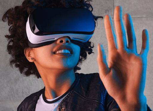Augmented Virtual and Mixed Reality | Bernard Marr